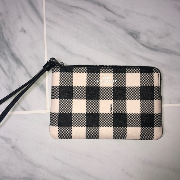 Coach Handbags - Coach Wristlet/ Coin purse